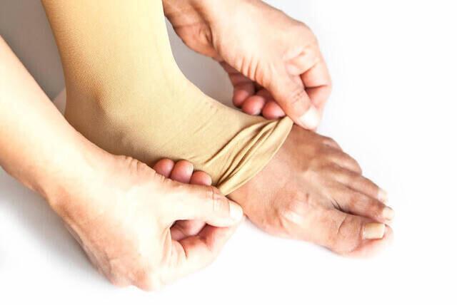 Pratik Hac Umre Abdest Çorabı - Krem